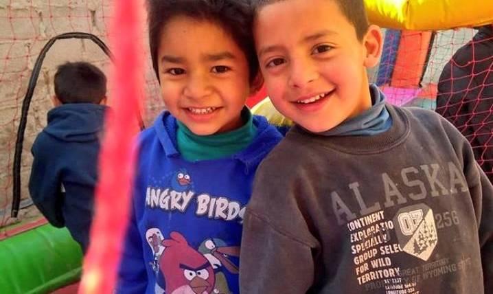Festejo del Día del Niño en Barrio 13 de Enero
