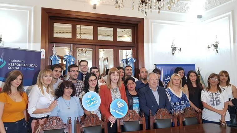 Conferencia de prensa #UnDiaParaDarAr