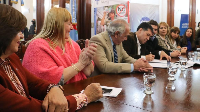Firma de Protocolo de Intervención en contra del Trabajo Infantil