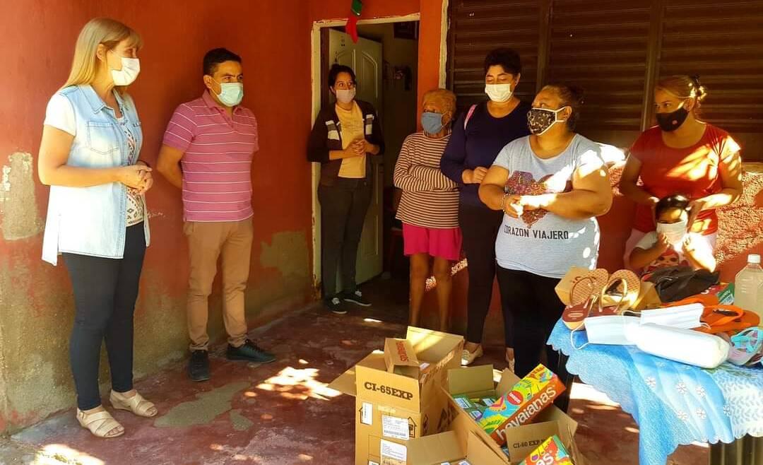 Visitamos B° 20 de Mayo y brindamos donación de empresas